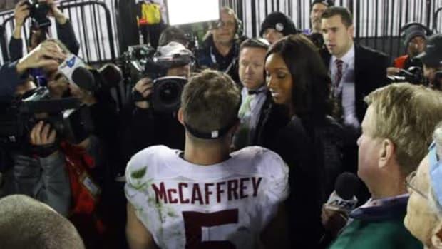 Stanford fan yells 'Heisman' during Christian McCaffrey interview--IMAGE