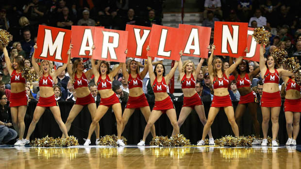 Maryland-cheerleaders-516382962.jpg