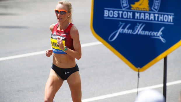 shalane-flanagan-boston-marathon-course-tips.jpg