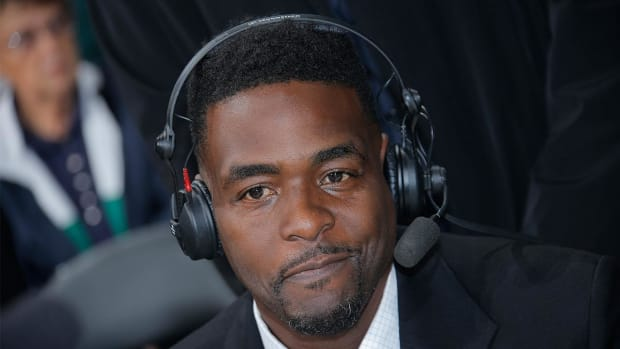 Chris Webber: LeBron James is 'greatest team player of all time' -- IMAGE