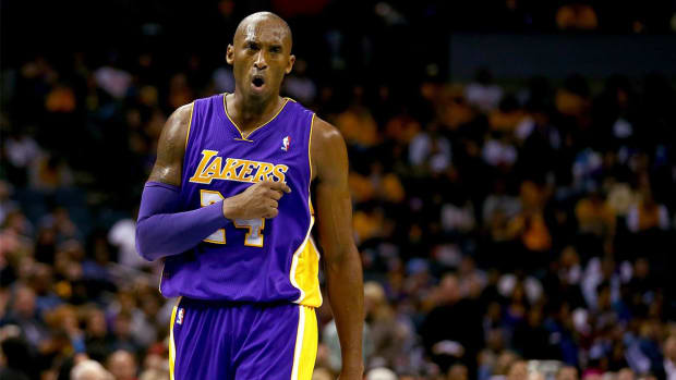 Report: Kobe Bryant turned down offer to play in Europe -- IMAGE