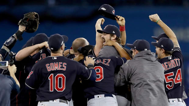 Indians shut out Blue Jays, advance to first World Series since 1997 -- IMAGE