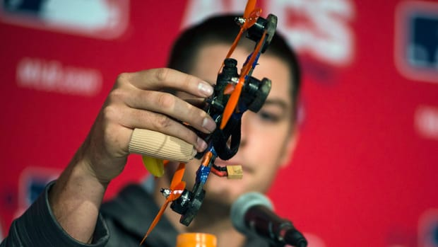 trevor-bauer-drone-injury-alcs.jpg
