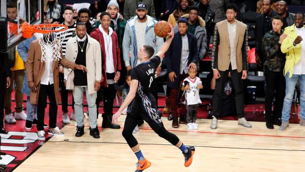 2016-slam-dunk-contest-zach-lavine.jpg