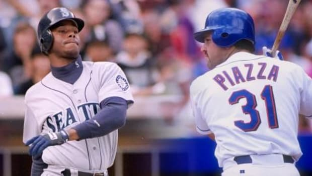 Ken Griffey Jr., Mike Piazza elected to Hall of Fame - IMAGE