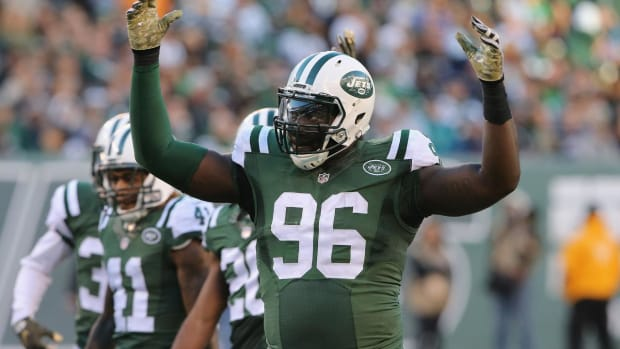 Jets sign Muhammad Wilkerson to five-year deal - IMAGE