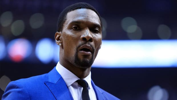 Report: Heat fear Chris Bosh could never be cleared to play IMAGE