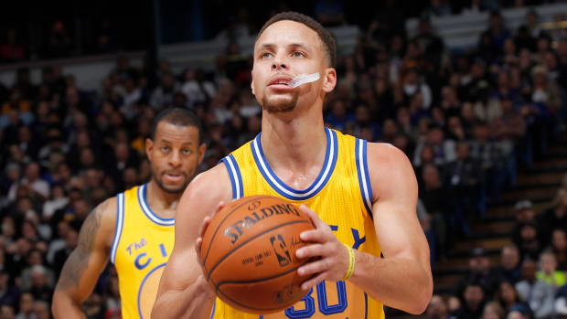 steph-curry-mouthguard-auction.jpg