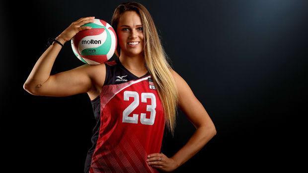 kelsey-robinson-960-usa-volleyball.jpg