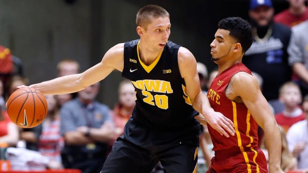 Reeling in the wins: Jarrod Uthoff's jump shooting and shot blocking has surprising Iowa angling for a title