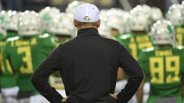 #DearAndy: Who will be the next Oregon Ducks coach? -- IMAGE