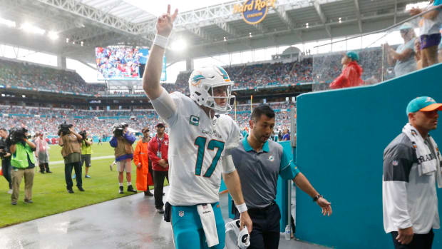 dolphins-ryan-tannehill-injury-acl-surgery.jpg