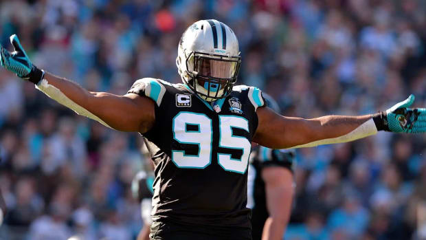 DE Charles Johnson returns to Panthers on one-year deal IMAGE