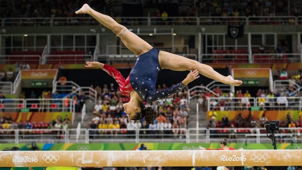 laurie-hernandez-balance-beam-final-rio-olympics.jpg