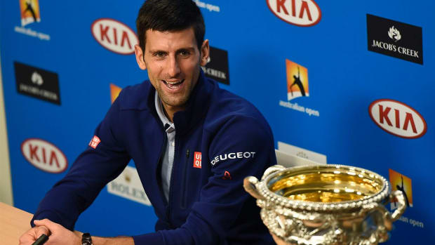 Novak Djokovic beats Andy Murray to win sixth Australian Open title  -- IMAGE