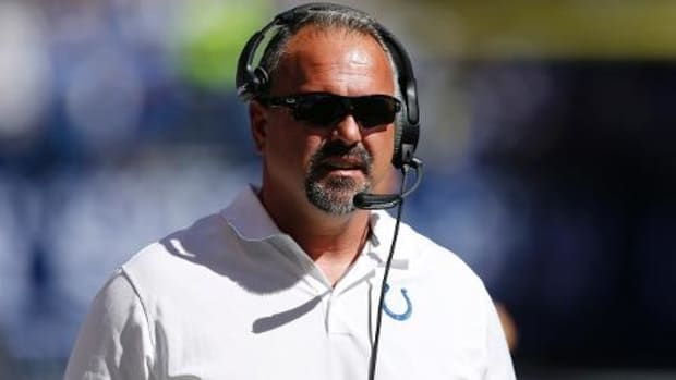 Indianapolis Colts fire defensive coordinator Greg Manusky - IMAGE