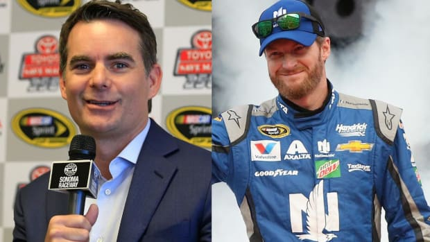 Dale Earnhardt Jr. to miss next two races - IMAGE