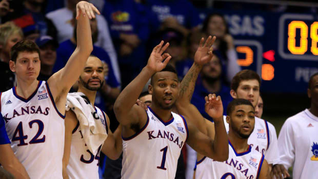 kansas-ap-top-25-basketball-rankings.jpg