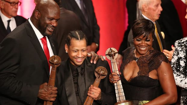 2016 Basketball Hall of Fame class inducted - IMAGE