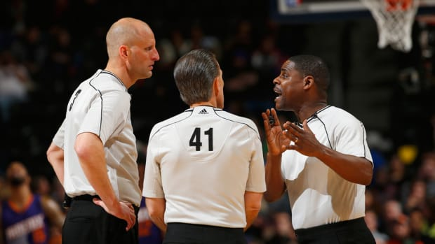 nba review last two minutes referees