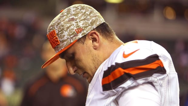 Johnny Manziel accused of causing $20,000 in damage to rental home -- IMAGE
