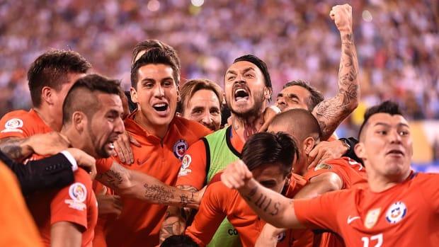 Chile wins Copa America on PKs; cruel deja vu for Messi, Argentina - IMAGE