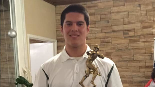 Cal Poly football recruit Jake Javier paralyzed in pool accident - IMAGE