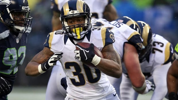 Marcus Peters, Todd Gurley claim NFL Rookie of the Year awards -- IMAGE