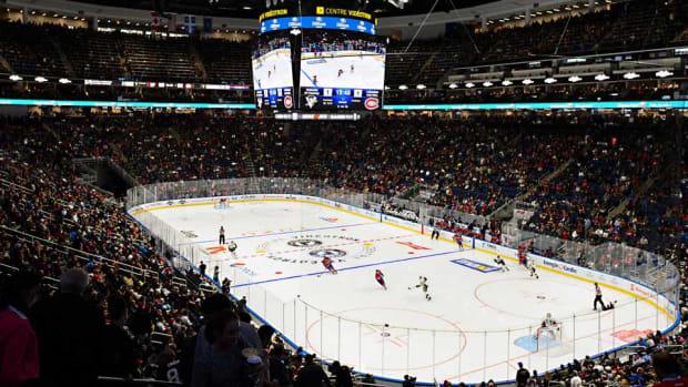 Quebec-arena-panagiotakis.jpg