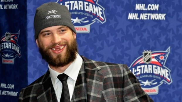 nhl-brent-burns-chia-beard.jpg
