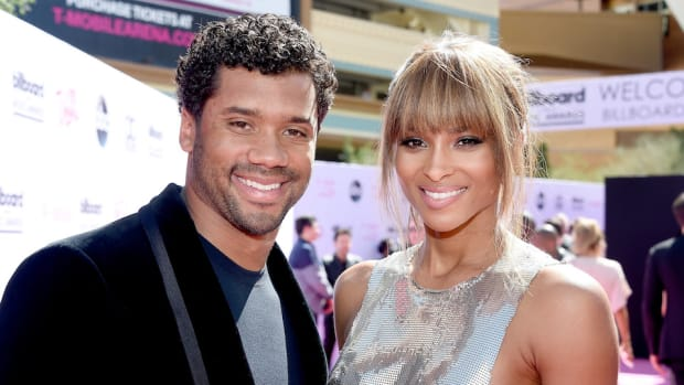 russell-wilson-ciara-singing-dancing-video.jpg
