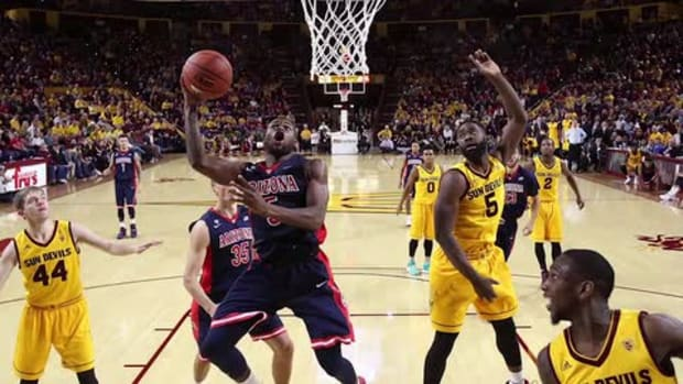 Arizona State head coach Bobby Hurley ejected in loss to Arizona - IMAGE