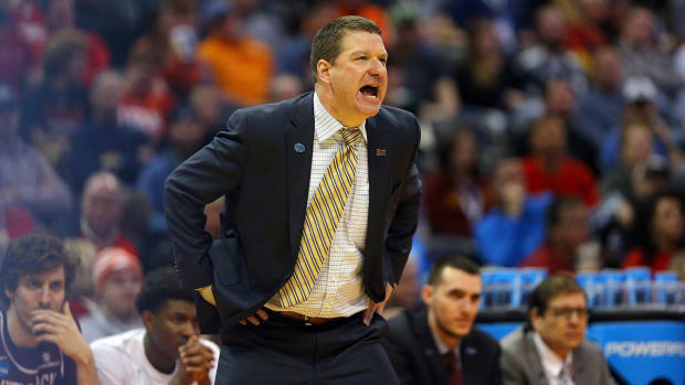 Chris Beard headed to Texas Tech after one week at UNLV - IMAGE