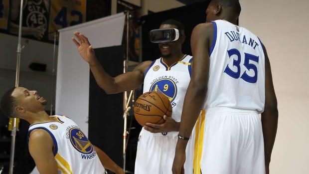nba-virtual-reality-warriors.jpg