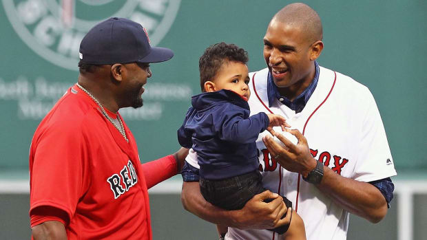 al-horford-david-ortiz-boston.jpg