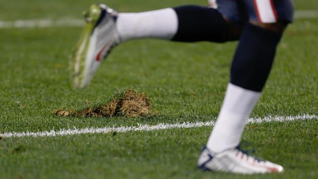 mmqb-nfl-grass-chunk.jpg