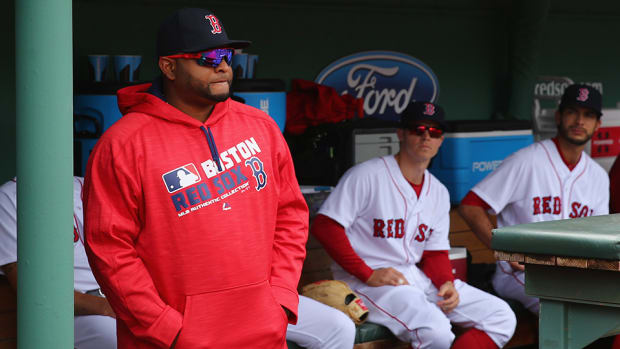 pablo-sandoval-red-sox-shoulder-injury-update.jpg