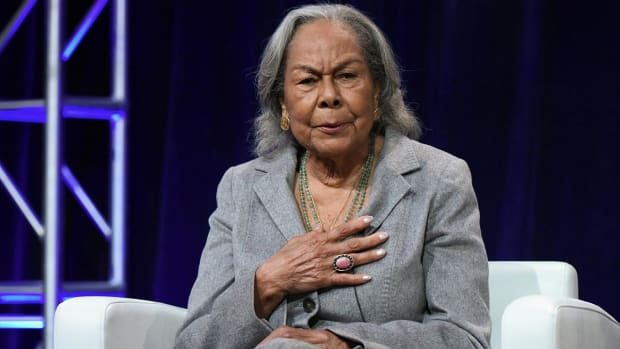 Jackie Robinson's widow: MLB could make more progress in diversity IMAGE
