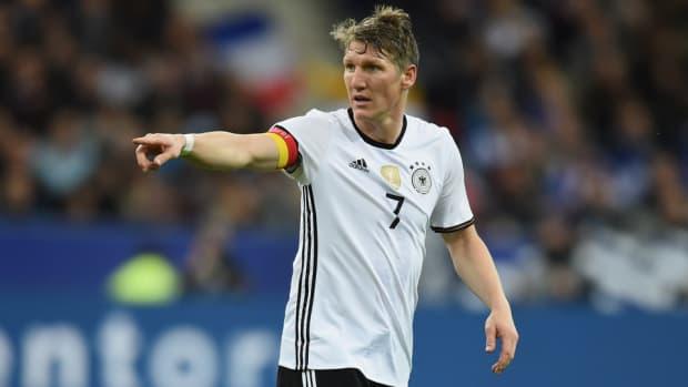 bastian-schweinsteiger-germany-injury.jpg