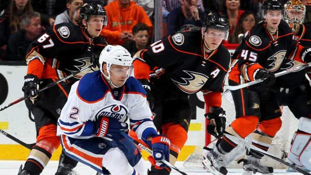 Ducks-Oilers-Debora-Robinson.jpg