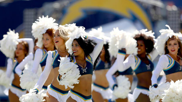 San-Diego-Charger-Girls-cheerleaders-607627844.jpg