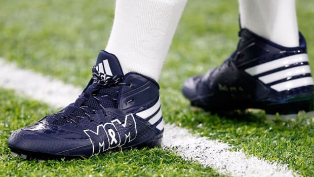 nfl-cleat-auction-charities.jpg