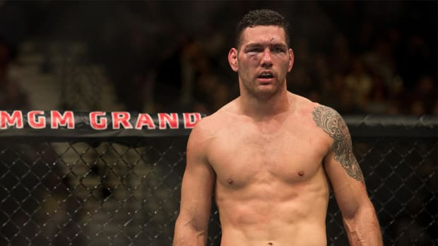 Chris Weidman out for UFC 199 with injury - IMAGE