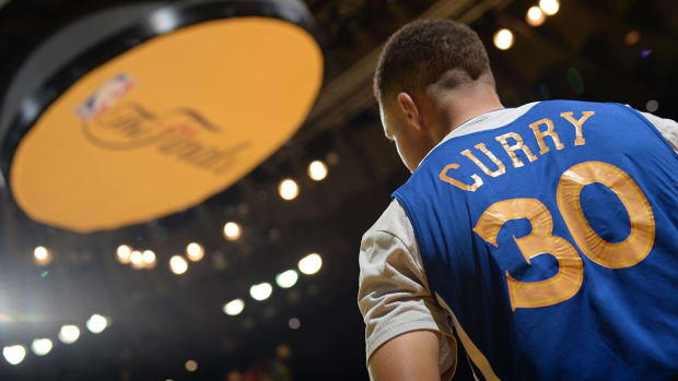 Can Stephen Curry, Klay Thompson bounce back in Game 2? IMG