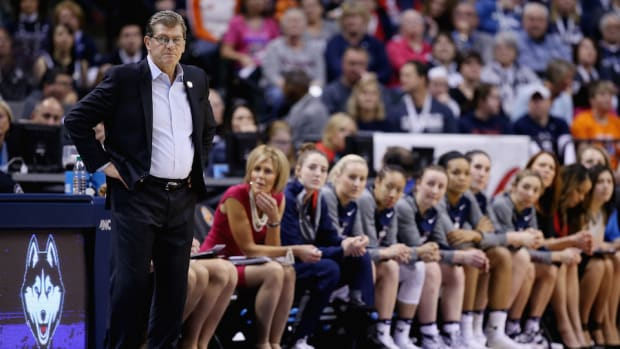 uconn-huskies-fourth-straight-championship.jpg