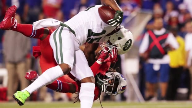 Jets' Brandon Marshall: 'Thought it was over' after knee injury -- IMAGE
