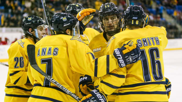 quinnipiac-earns-top-seed-2016-ncaa-hockey-tournament-field.jpg