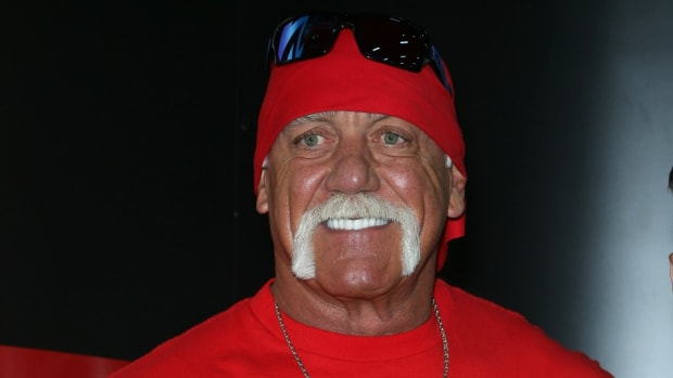 hulk-hogan-wwe-wrestlemania-roman-reigns.jpg