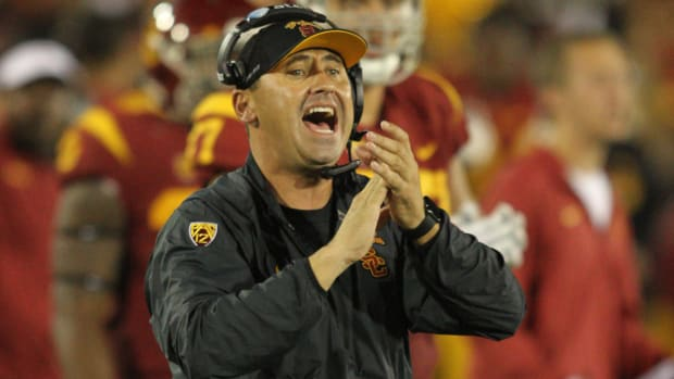 steve-sarkisian-alabama-coaching-staff.jpg