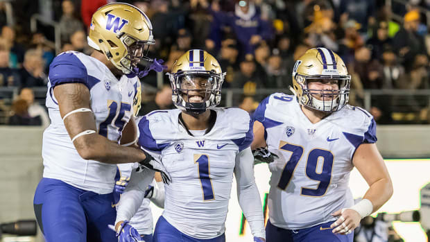 college-football-playoff-rankings-washington-huskies.jpg